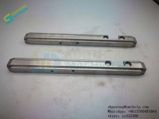 52366701 SUPPORT CLIP (3)